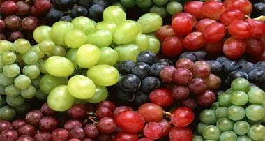 فواید سلامتی انگور قرمز