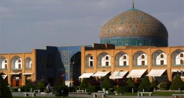 حقی که به مسجد باید داد