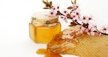 عسل بخورید ، وزنتان را متعادل نگه دارید!