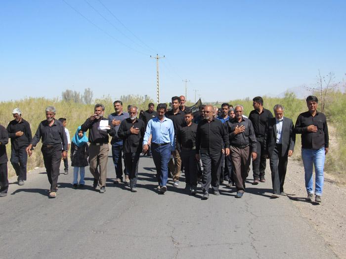 گزارش تصویری از کاروان پیاده اسماعیل اباددهستان رضوان درمسیرامامزاده سید جلال الدین اشرف