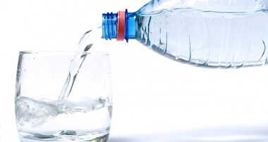 آب آشاميدنی و بهداشت آن