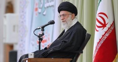 ۱۵ توصیه کاربردی رهبر معظم انقلاب برای انس بیشتر با قرآن