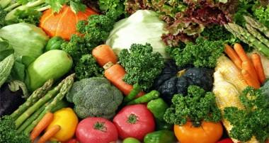 میوهها و سبزیجاتی که فشار خون را پایین میآورند