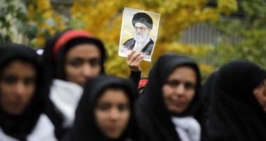 نظام اسلامی و دستاوردهای زنان