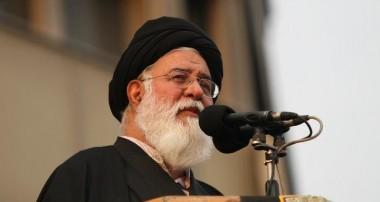 آیتالله علمالهدی : موجسواری و بهرهبرداری سیاسی از مشکلات مردم، جنایت است/ هدف دشمن، انتقام از «مردم» ایران است/ معیشت مستضعفین، معیار برنامهریزی های اقتصادی کشور باشد