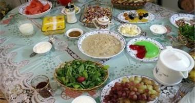 تفاوت غذاهای سحری و افطار