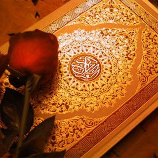 گفتگو با آیت الله دکتر محمد صادقی دربارهی زن در قرآن