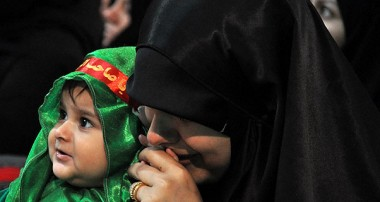 برگزاری همایش شیرخوارگان حسینی در آستان مقدس امامزاده سید جلال الدین اشرف