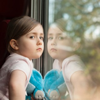 راهکارهای تعامل درست با فرزندان در نهاد خانواده از منظر قرآن و روایات