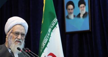 آیتالله موحدی کرمانی در خطبههای نمازجمعه تهران آقایان برای قطع یارانهها دهها جلسه میگذارند اما درباره حقوقهای نجومی دست روی دست گذاشتهاند/ الآن وقت مقابله به مثل با آمریکاست