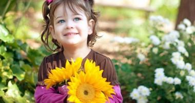 چطور روحیه شاد فرزندانمان را تقویت کنیم؟
