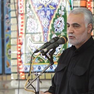 سرلشکر سلیمانی در کرمان: انقلاب اسلامی هرگز روح کهنگی به خود نخواهد گرفت/ جوانان امروز پایبند به اصول نظام هستند