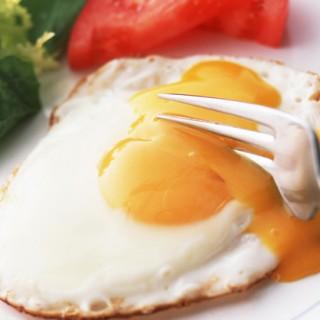 حقایق تغذیهای نیمروی همزده شده