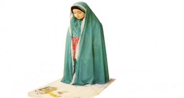 من دوستاني دارم كه اهل نماز و روزه هستند ولي حجاب خود را رعايت نميكنند…